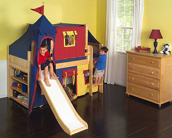 boys playing in maxtrix fort bed with slide