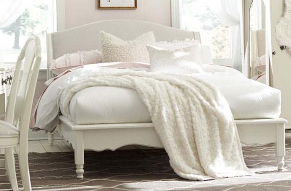 isabella upholstered platform bed
