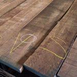 grading walnut wood boards