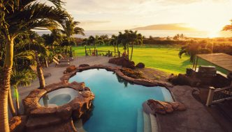 paradise pool next to golf course with hot spa by pool