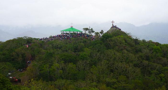 La Cruz Hill