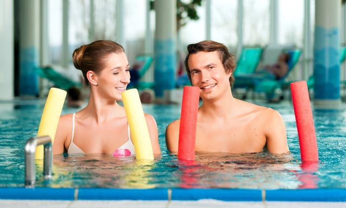 burning calories with pool noodles