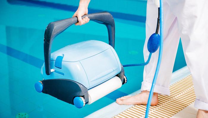 swimming pool floor vacuum